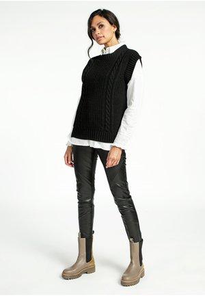 PHELINE PU 590 - Leather trousers - BLACK