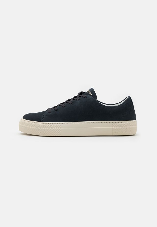 CALM - Sneakers laag - navy