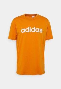 focus orange/white