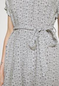 Vero Moda - VMSIMPLY EASY SHIRT DRESS - Shirt dress - navy blazer - 5