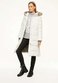 comma - Down coat - white - 1