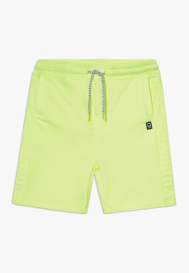 GALDO - Shorts - safety yellow