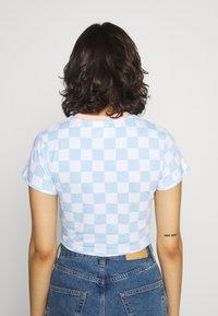 The Ragged Priest - FLOCK TEE - Print T-shirt - blue/white - 2