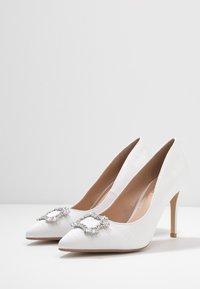 Dorothy Perkins - GLAD SQUARE COURT SHOE - High heels - white - 4