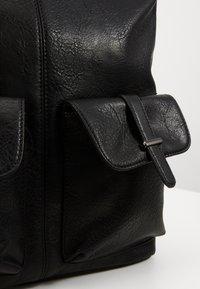 Anna Field - Håndtasker - black - 4