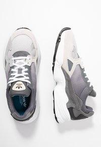 adidas Originals - FALCON - Sneakers - grey one/grey two/grey four - 3