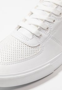 YOURTURN - Sneakers - white - 5
