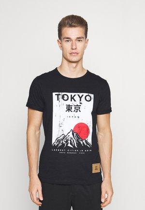 WELCH - Print T-shirt - black