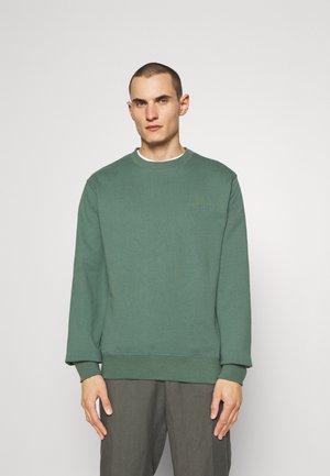 CASUAL CREW - Sweatshirt - dusty green
