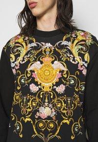 Versace Jeans Couture - Sweatshirt - black - 5