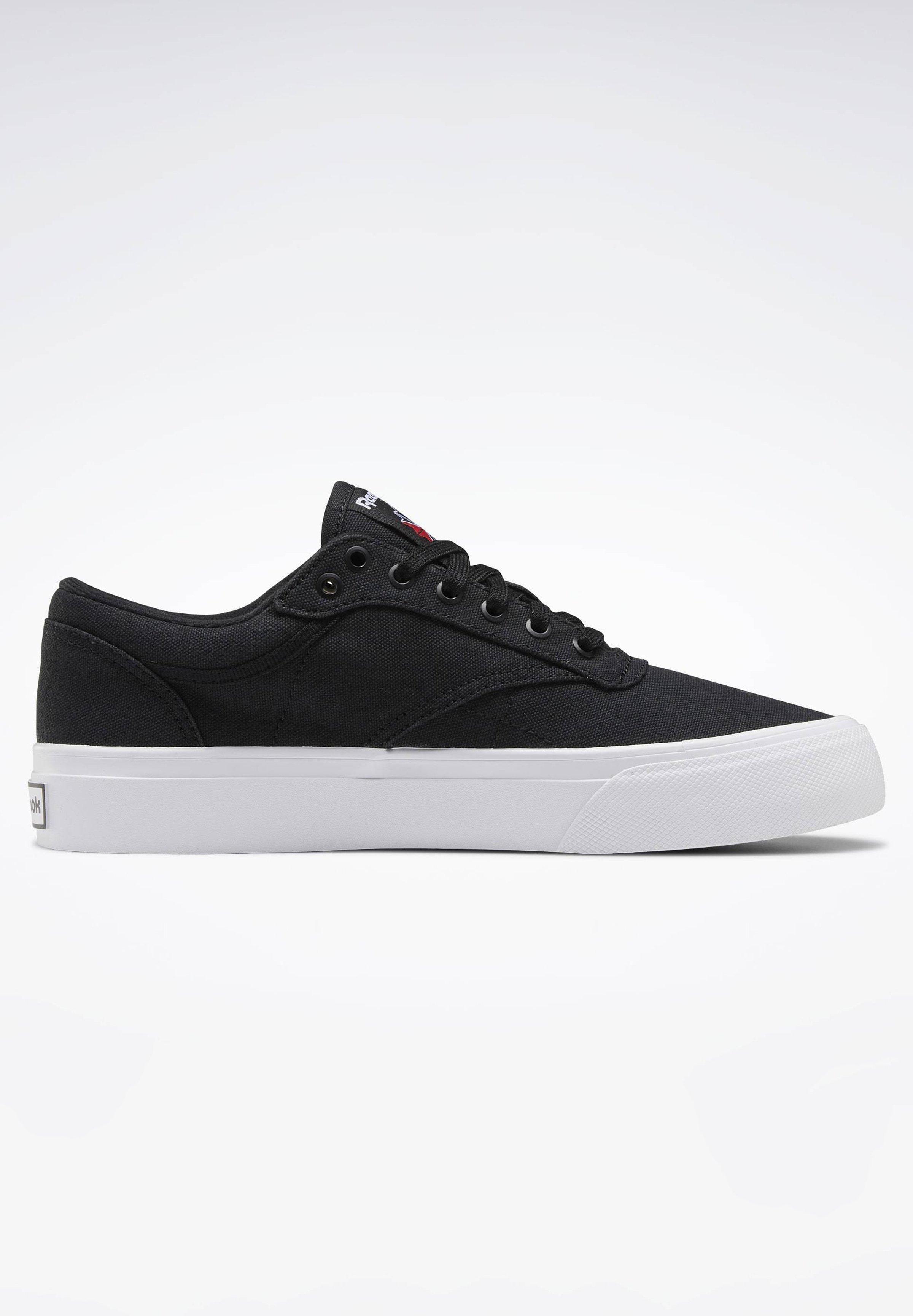 Scarpe da donna Reebok Classic CLUB C COAST Sneakers basse black