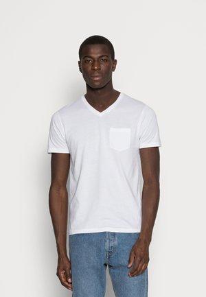 PEBASIC - Basic T-shirt - optical white