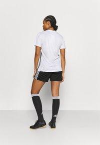 adidas Performance - SQUADRA - Träningsshorts - black/white - 2
