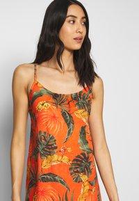 Banana Moon - HEIVA - Beach accessory - orange - 3