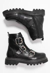 Even&Odd - LEATHER PLATFORM BOOTIE - Cowboystøvletter - black - 3