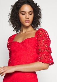 Missguided - SQUARE NECK BODYCON MINI DRESS - Sukienka koktajlowa - red - 4