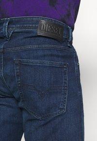 Diesel - LARKEE-X - Straight leg jeans - dark blue - 4