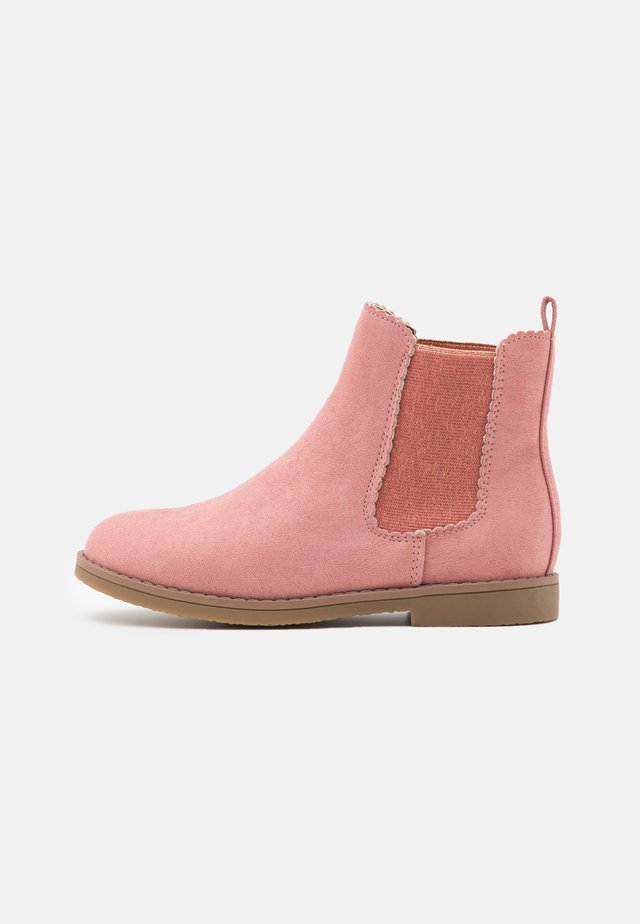 SCALLOP GUSSET BOOT - Classic ankle boots - dusty rose