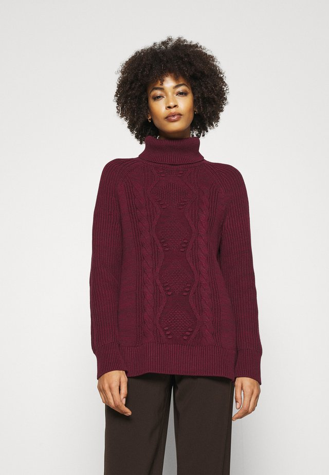 CABLE TURTLENECK - Sweter - pinot noir