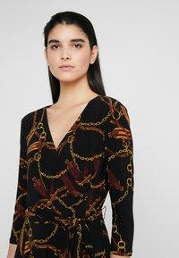 Lauren Ralph Lauren - PRINTED MATTE DRESS - Robe en jersey - black/gold/multi - 3