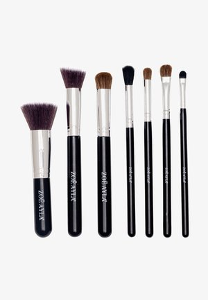 7PCS PROFESSIONAL BRUSH SET - Makeup brush set - black