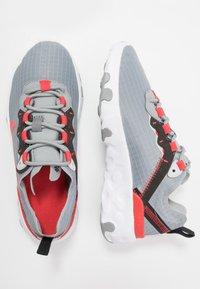 Nike Sportswear - RENEW 55 - Sneakers laag - particle grey/track red/grey fog/black - 0