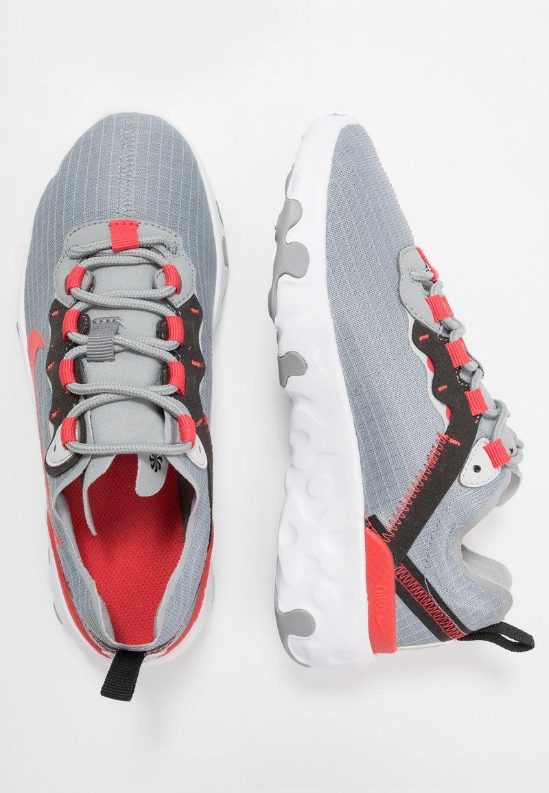 Nike Sportswear - RENEW 55 - Sneakers laag - particle grey/track red/grey fog/black
