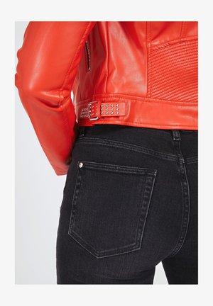 NEW JONE JACKET - Faux leather jacket - rot