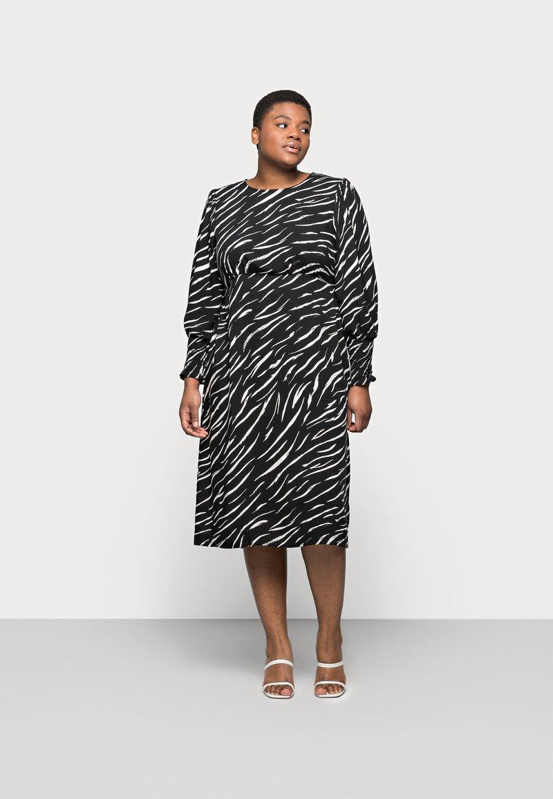 New Look Curves - SHIRRED DETAIL MIDI DRESS - Day dress - black pattern