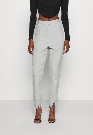 SLIT FRONT CIGARETTE TROUSERS - Pantalon classique - green