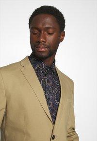 Selected Homme - SLHSLIM TREY - Blazer jacket - kelp - 4