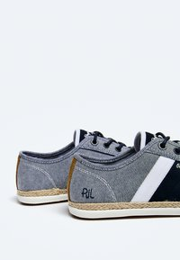 Pepe Jeans - MAUI BLUCHER - Trainers - chambray - 4