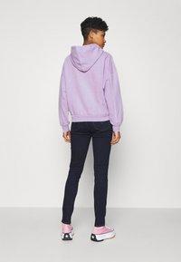 Levi's® - GRAPHIC HOODIE - Sweater - purple - 2
