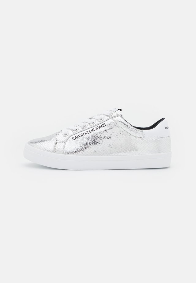 PROFILE LACEUP - Sneakers laag - silver