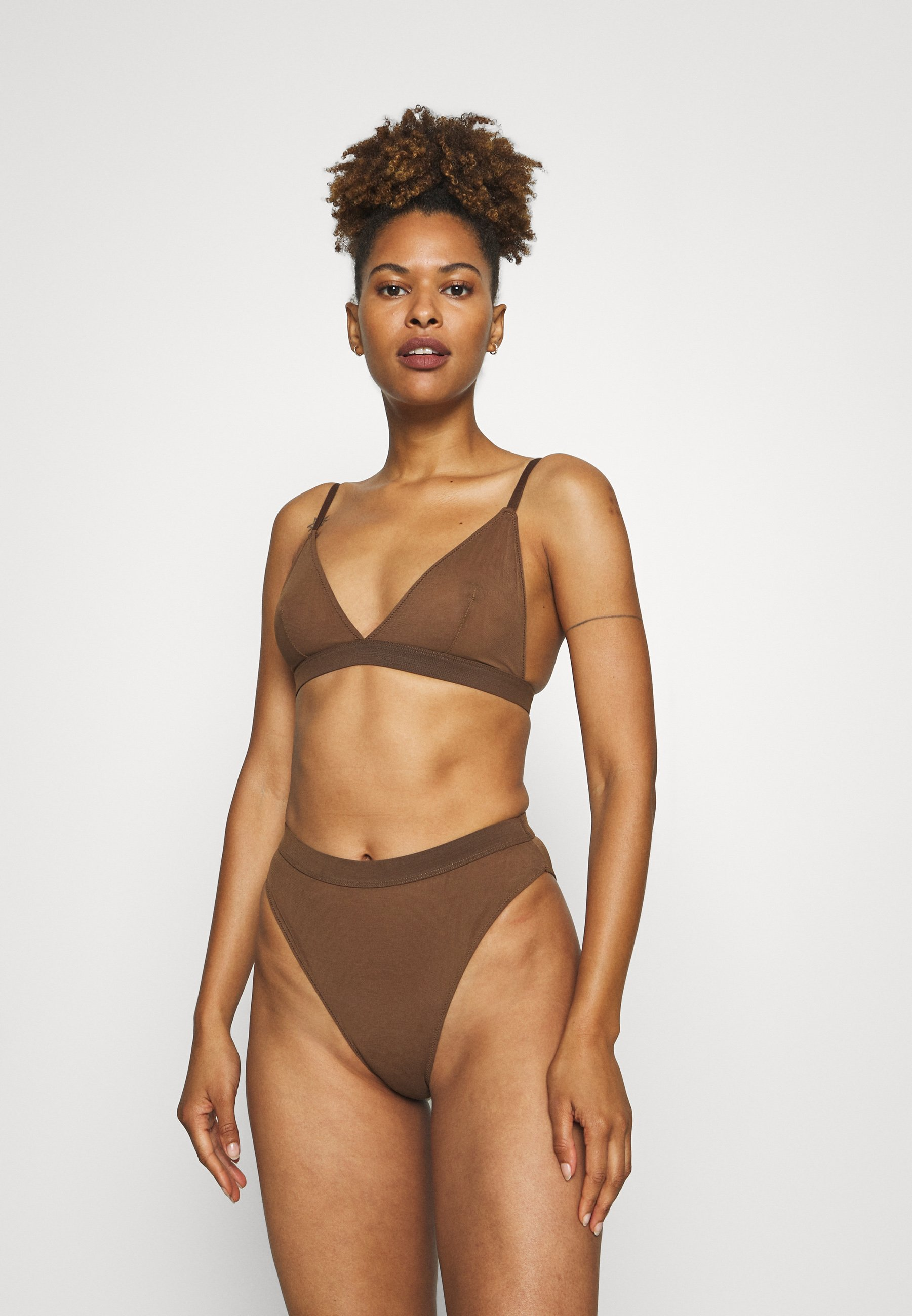 Femme DOUBLE LAYER TRIANGLE BRA AND HIGH WAIST BRIEF SET - Soutien-gorge triangle