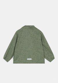 MINI A TURE - JULIEN UNISEX - Waterproof jacket - oil green - 2