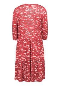 Vera Mont - MIT STUFEN - Jersey dress - red/white - 3