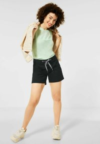 Street One - LOOSE FIT - Shorts - black - 1