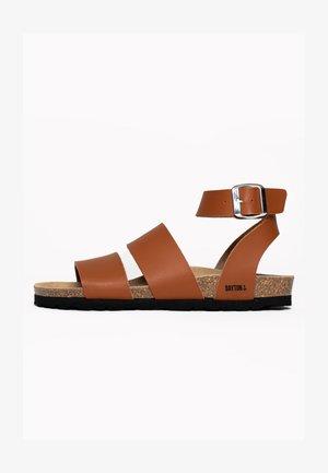 SORIA - Sandalen met enkelbandjes - camel