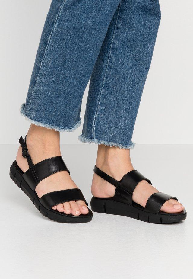 WOMS SANDALS - Sandales de randonnée - black