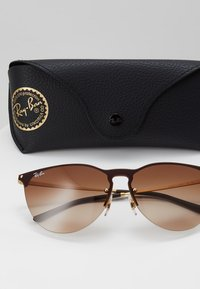 Ray-Ban - Sunglasses - brown - 2
