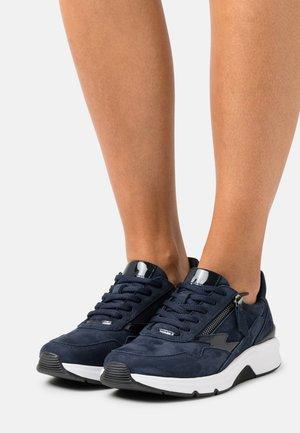 Sneakers - blue/pazifik
