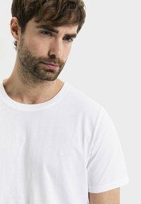 camel active - Basic T-shirt - white - 3