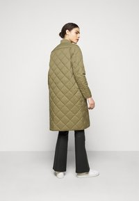 CLOSED - POSY  CLASSIC COAT - Classic coat - green umber - 2