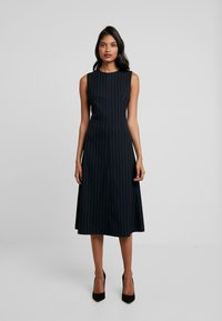 IVY & OAK - MIDI DRESS - Day dress - navy blue - 0