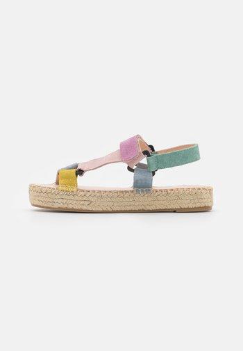 Platform sandals - multi-coloured