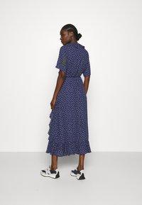 JUST FEMALE - DAISY MAXI WRAP DRESS - Maxi dress - patriot blue - 2