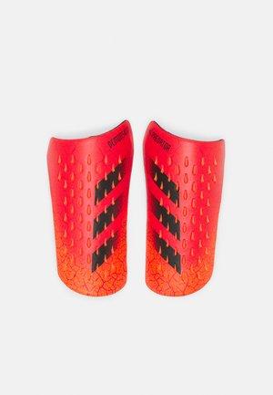 UNISEX - Parastinchi - solar red/white/red