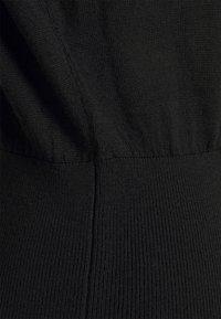 Pinko - RALLY ABITO INTARSIO  - Pletené šaty - black - 7