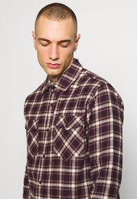 Afends - LONG SLEEVE - Shirt - mulberry - 3